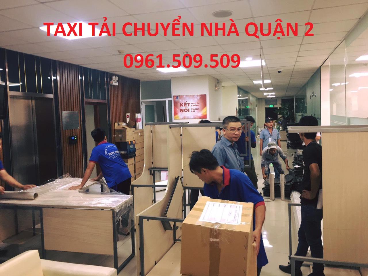 taxi tải chuyển nhà quận 2